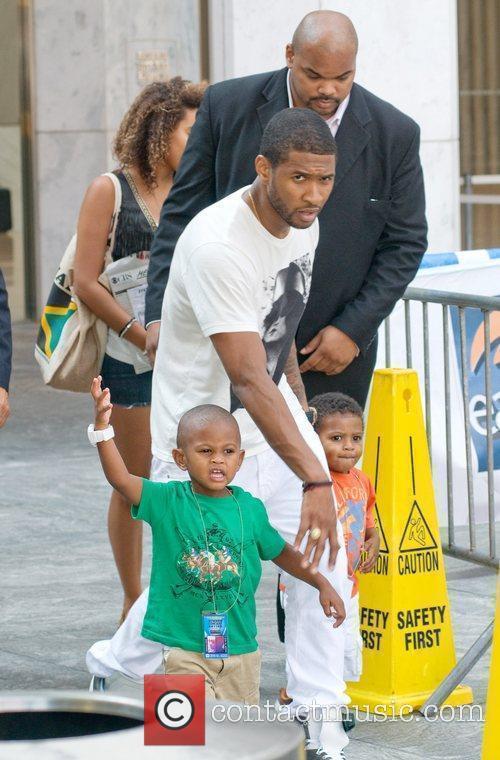 Usher Naviyd