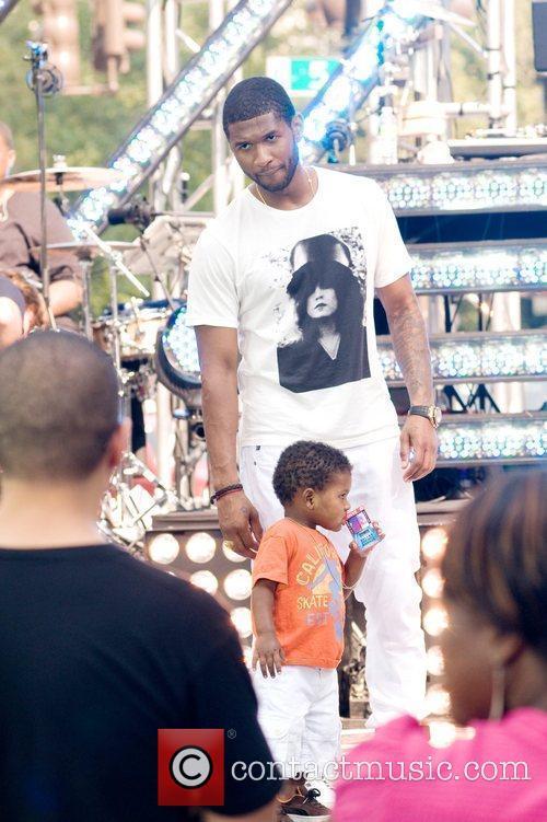 Usher and Cbs 10