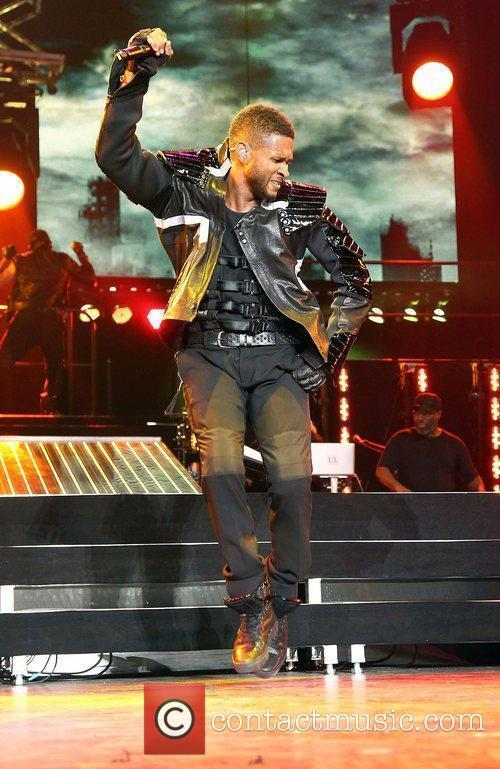 Usher and Las Vegas 5