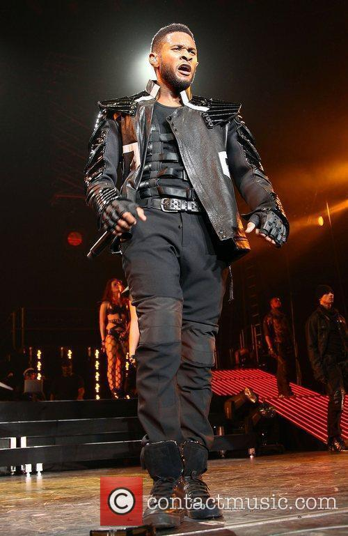 Usher and Las Vegas 44