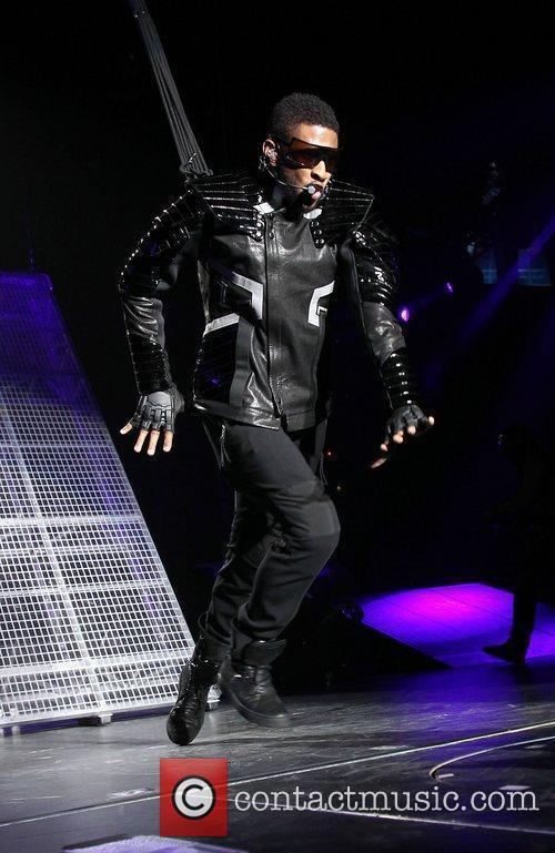 Usher and Las Vegas 3