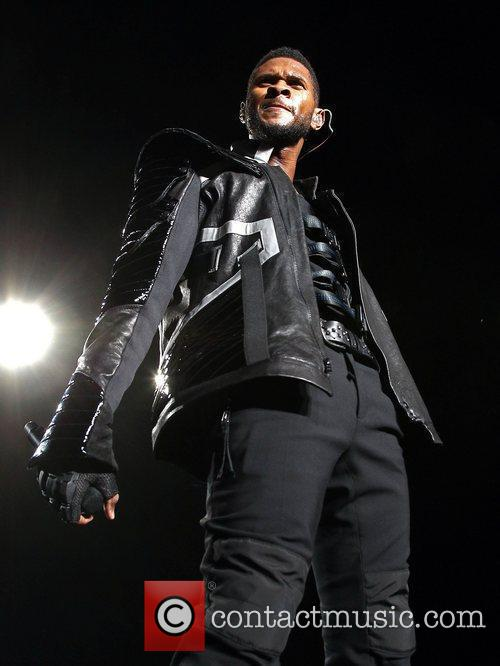 Usher and Las Vegas 8