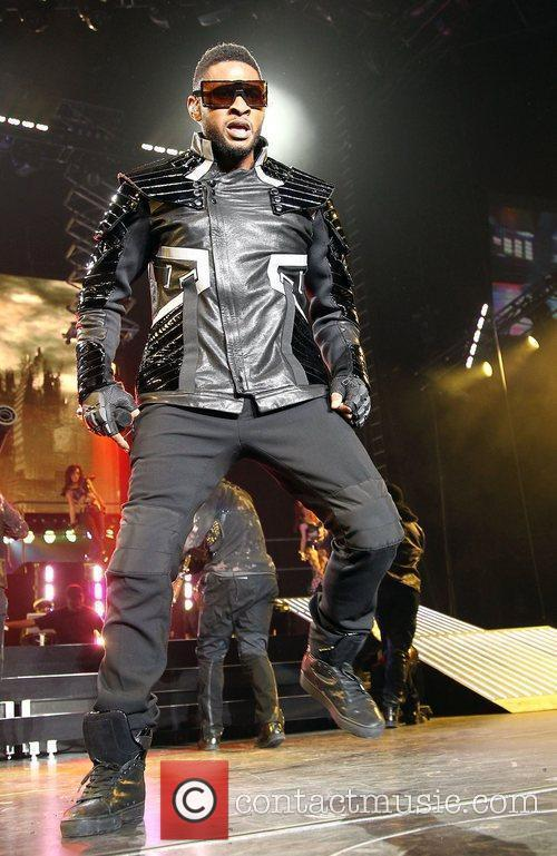 Usher and Las Vegas 27