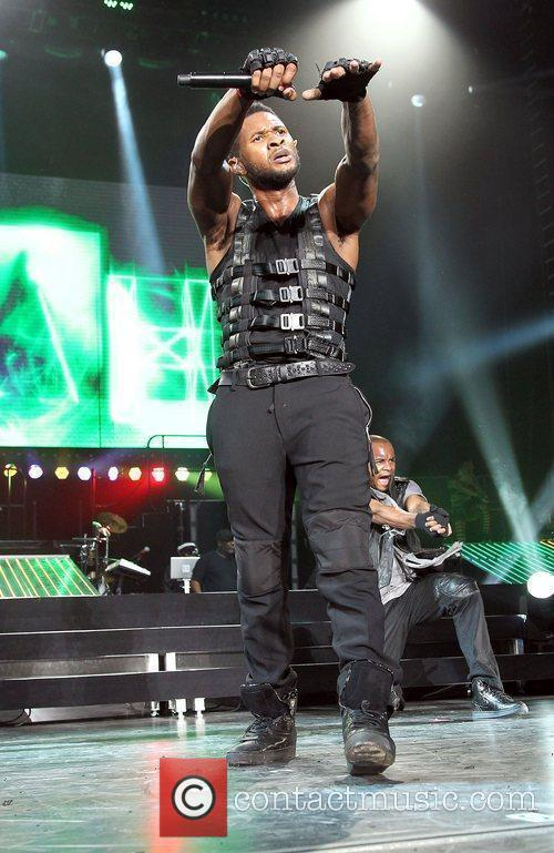 Usher and Las Vegas 9
