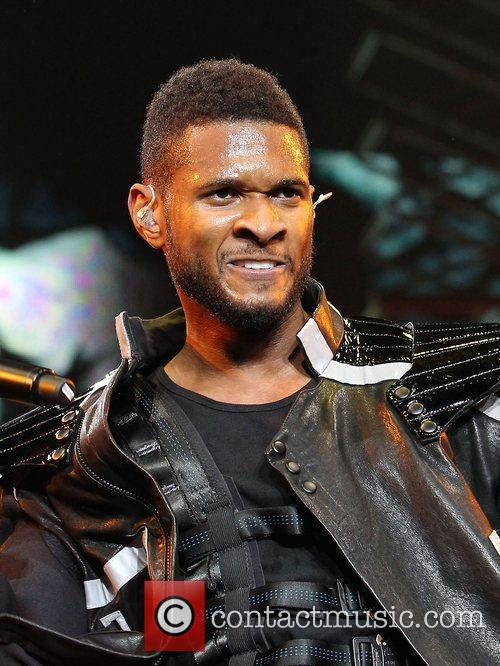 Usher and Las Vegas 55