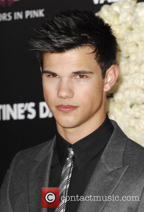 Taylor Lautner 9