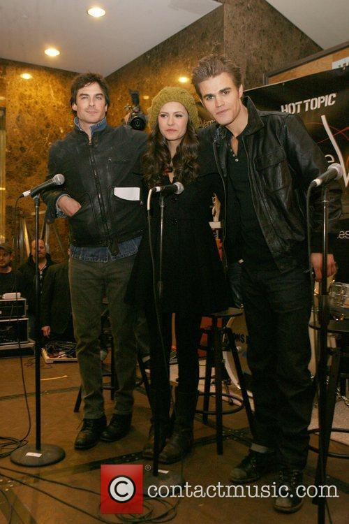 Ian Somerhalder, Nina Dobrev and Paul Wesley 5