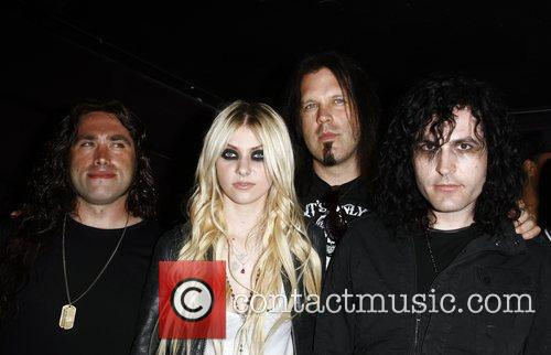 Taylor Momsen with her band The Pretty Reckless...