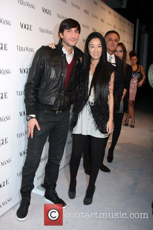 Picture - Evan Lysacek and Vera Wang   Photo 1008187   Contactmusic Vera Wang Evan Lysacek