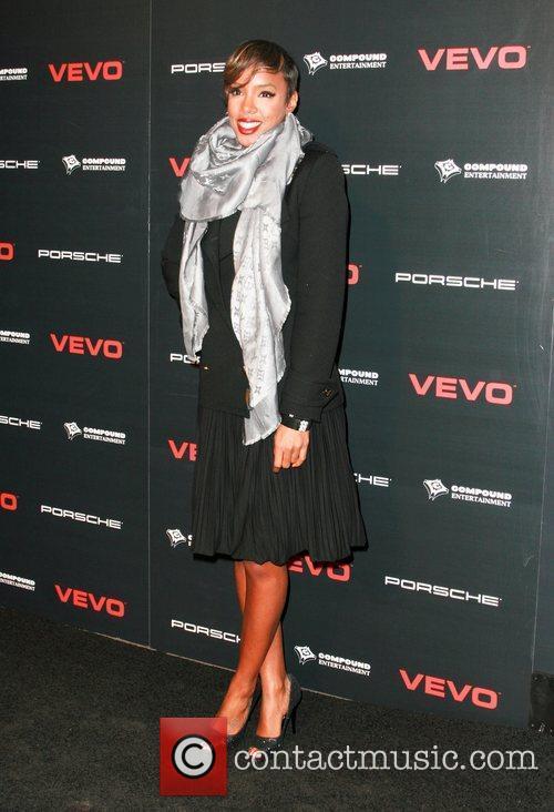 Kelly Rowland and Ne-yo 3