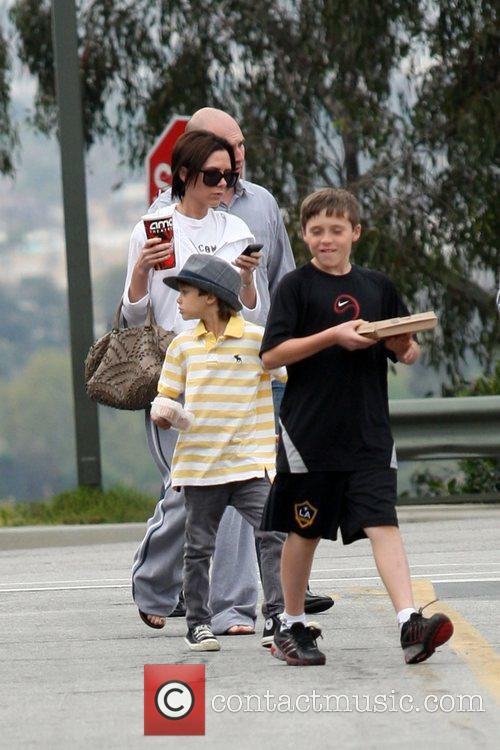 Victoria Beckham, Romeo and Brooklyn 7