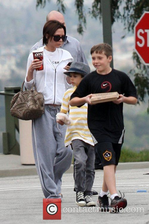Victoria Beckham, Romeo and Brooklyn 6