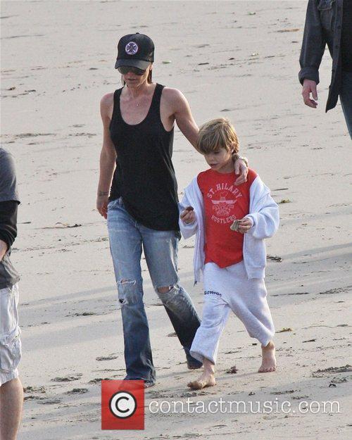 Victoria Beckham and Romeo Beckham 5