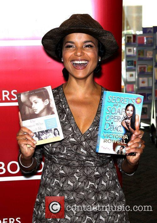 Victoria Rowell and Las Vegas 9