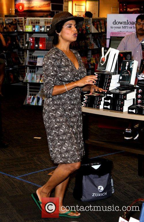Victoria Rowell and Las Vegas 10