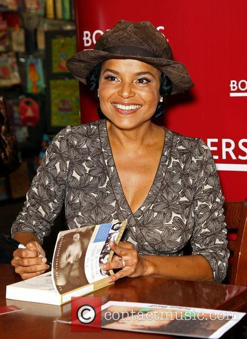 Victoria Rowell and Las Vegas 1