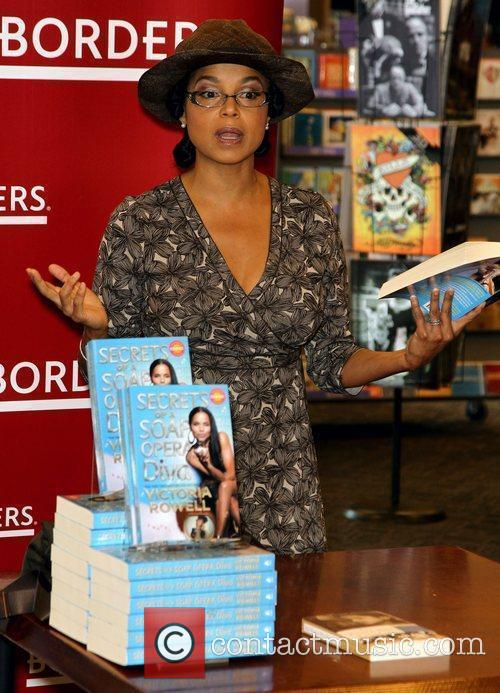 Victoria Rowell and Las Vegas 18