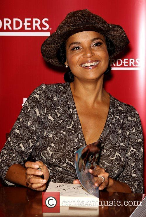 Victoria Rowell and Las Vegas 6