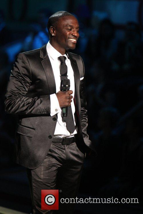 Akon 3