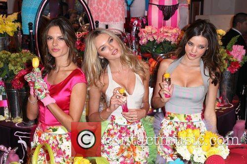 Alessandra Ambrosio, Candice Swanepoel and Miranda Kerr 7