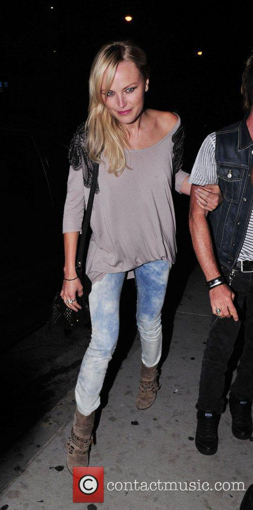 Celebrities arriving at the viper room in Hollywood...