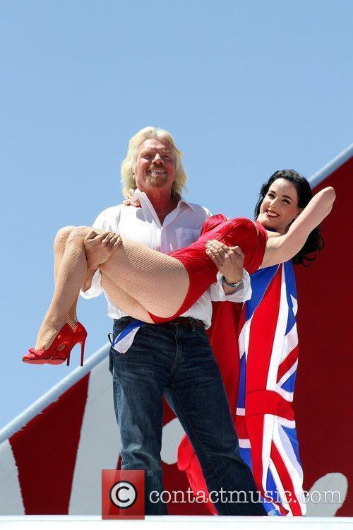 Richard Branson and Las Vegas 11