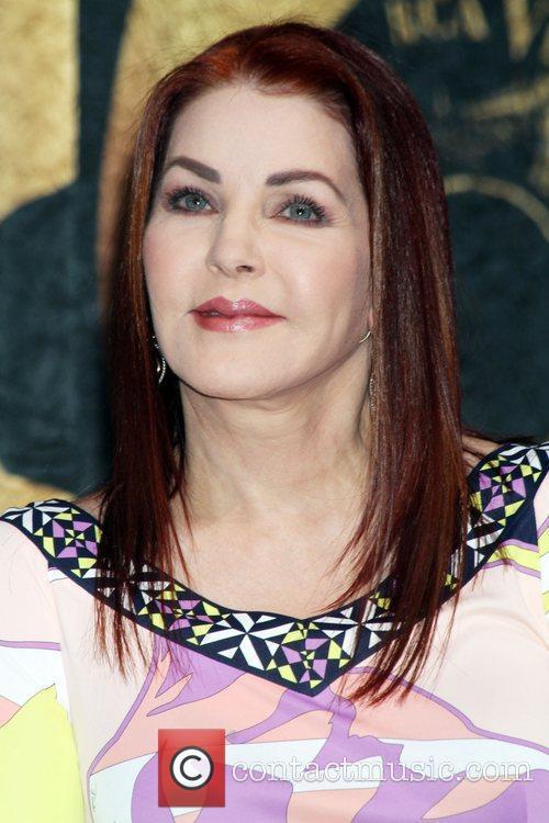 Priscilla Presley 1