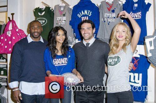 Brandon Jacobs, Chanel Iman, Mark Sanchez and Erin...