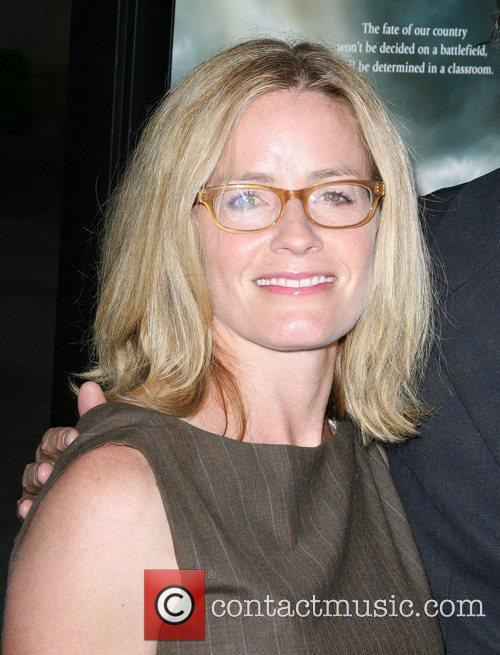 Elisabeth Shue, Paramount Pictures and Superman 6