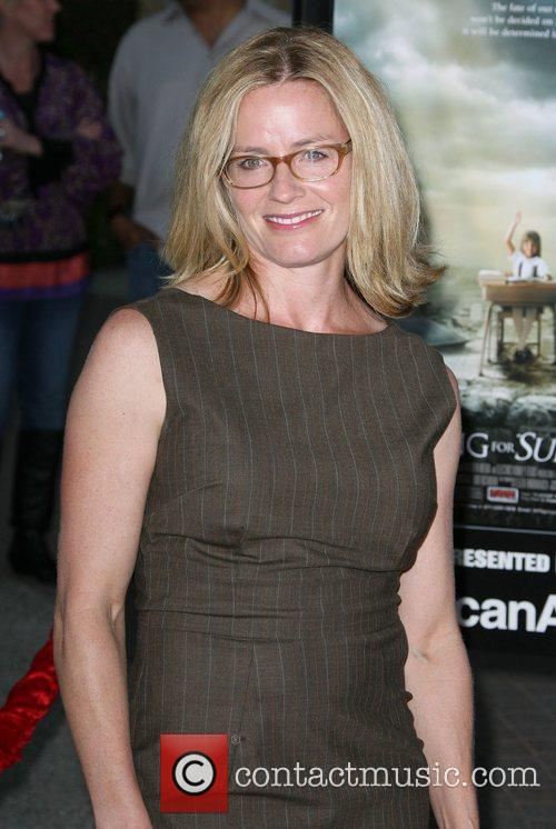 Elisabeth Shue, Paramount Pictures and Superman 1