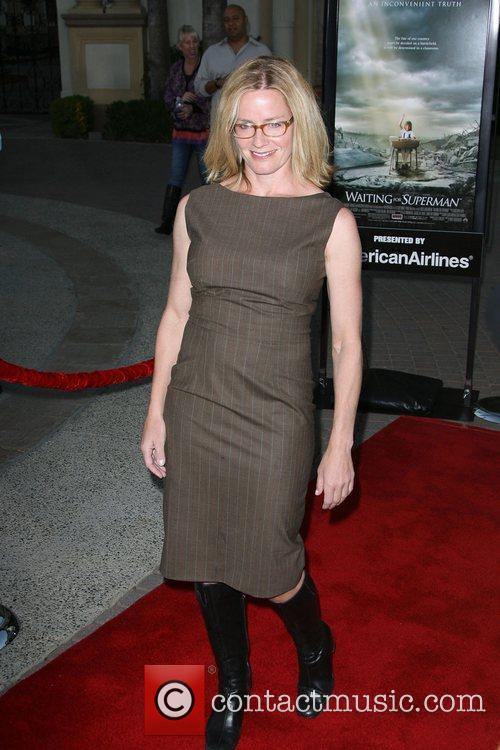 Elisabeth Shue, Paramount Pictures and Superman 4