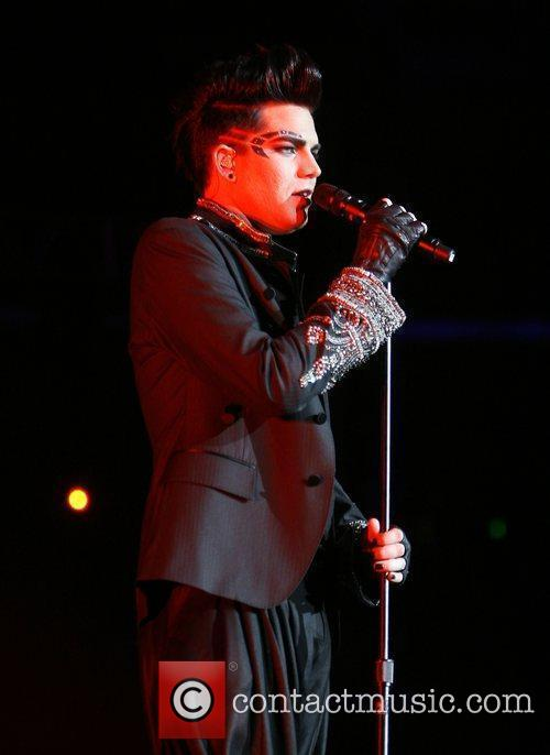 Adam Lambert, Staples Center