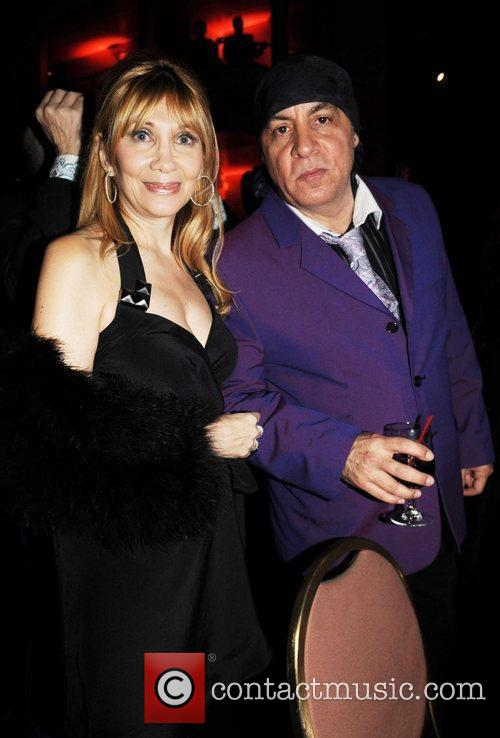 Steven Van Zandt and Celebration 9