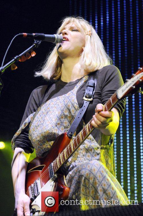 Hole performing live at the 2010 KROQ Weenie...