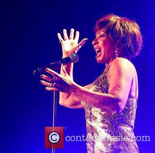 Shirley Bassey 4