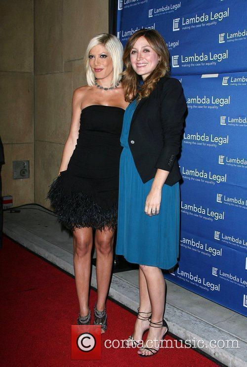 Tori Spelling and Sasha Alexander 7