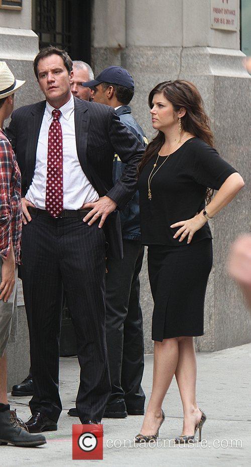 Tim Dekay and Tiffani Thiessen 3