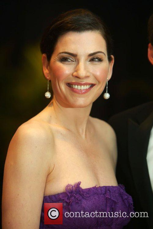 Julianna Margulies and White House 1