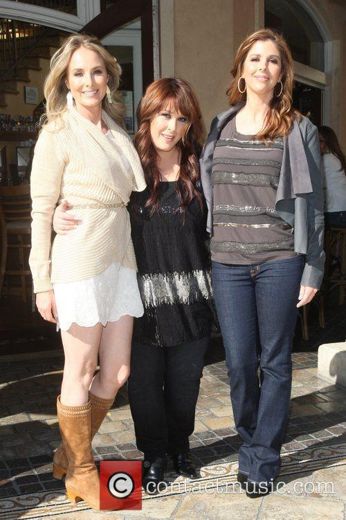 Carnie Wilson, Chynna Phillips, Wendy Wilson and Wilson Phillips 7