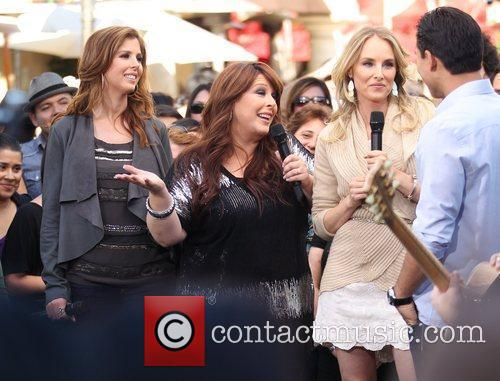 Carnie Wilson, Chynna Phillips, Wendy Wilson and Wilson Phillips 6