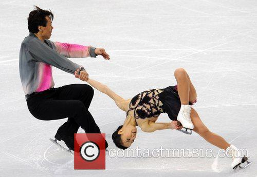 China's Shen Xue (R) /Zhao Hongbo perform in...