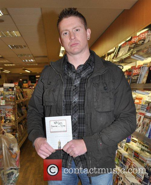 Damien Dempsey,  at a charity book signing...