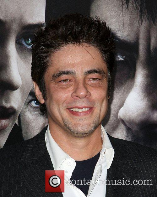 Benicio del Toro Premiere of 'The Wolfman' at...