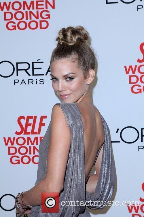 AnnaLynne McCord, Women