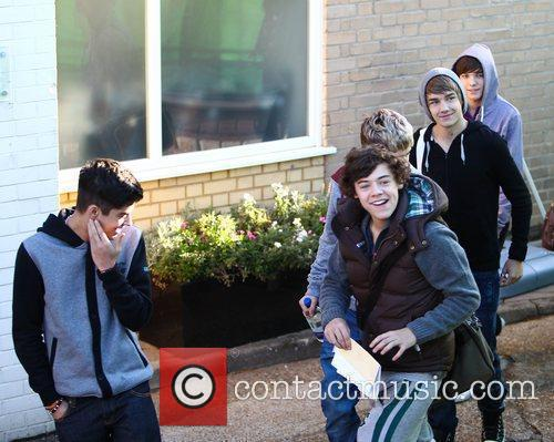 'The X Factor' finalists arrive at the rehearsal...