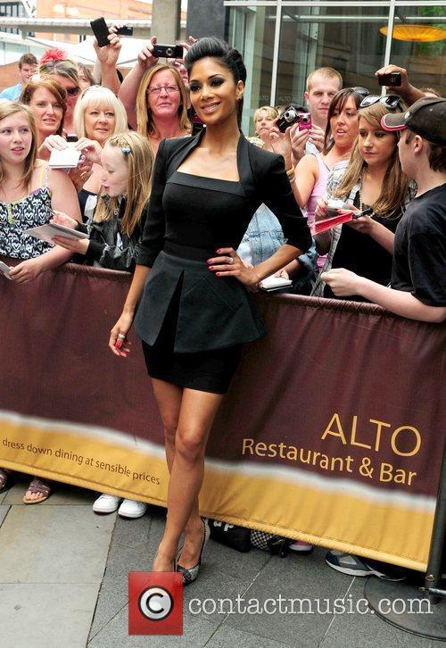 Nicole Scherzinger and Victoria Beckham 17