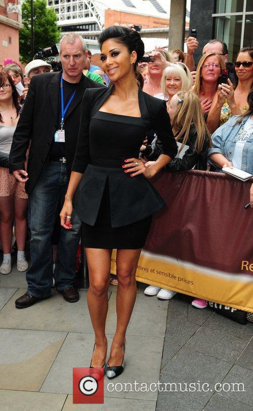 Nicole Scherzinger and Victoria Beckham 1