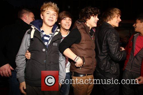 X Factor Finalists, One Direction, arriving at HMV...