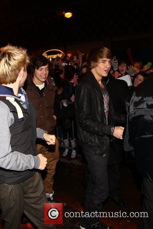 Niall Horan Harry Styles, Liam Payne  X...