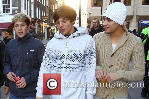 X Factor finalist Niall Horan and Louis Tomlinson...